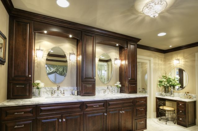 BATHROOM WOOD CABINETRY REMODELING GALLERY